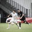 A pesar de una expulsión, el Eintracht de Frankfurt consiguió la victoria