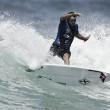 Dez surfistas brasileiros seguem na busca pelo título da etapa australiana de Newcastle