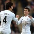 Swansea City sign Tom Carroll from Tottenham Hotspur