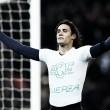 Cavani marca 100º gol pelo PSG e homenageia Chapecoense; clubes franceses também se manifestam