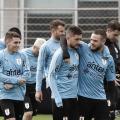 Uruguai enfrenta Japão para garantir vaga nas quartas da Copa América