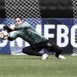 Gatito volta a sentir mão direita e continua fora do Botafogo