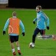 Manchester United international round-up: Mkhitaryan magic blazes past Belarus as Dutch duo start against Scotland