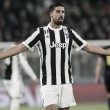 """Revelado pelo Stuttgart, Khedira não descarta retorno à Bundesliga: """"Competição atraente"""""""