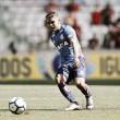 """Cuéllar critica sonolência do Flamengo diante do Atlético-PR: """"Não podemos entrar assim"""""""