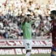 Aguza se lamenta por una ocasión desperdiciada | Fuente: La Liga