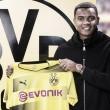 Promessa do Basel, zagueiro Manuel Akanji é contratado pelo Borussia Dortmund