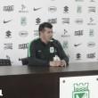 """Jorge Almirón: """"El equipo hizo dos tiempos diferentes, en el segundo los metimos a ellos en su arco"""""""