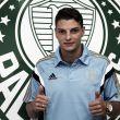 Destaque da Série B, Andrei Girotto assina contrato com o Palmeiras