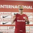"""Atacante Ariel é apresentado no Internacional e avisa: """"Darei o melhor de mim ao Inter"""""""