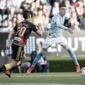 Aspas conduce el balón en el Celta - Rayo | Fuente: La Liga