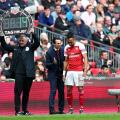 Emery holds back frustration after late Aubameyang penalty miss at Spurs