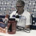 """Após classificação do Avaí nos pênaltis, Geninho admite jogo desgastante: """"Típico de decisão"""""""
