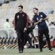 Flamengo viaja para duelo contra Atlético-MG com desfalques e zaga de garotos