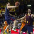 Valencia abochorna al Barça y empata la semifinal