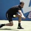 Dimitrov llega a semifinales después de sufrir altibajos