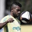 """Borja é apresentado no Palmeiras e usará número 12 de Marcos: """"Uma camisa abençoada"""""""