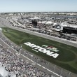 Kurt Busch wins Daytona 500 after Chase Elliott, Kyle Larson runout of fuel late