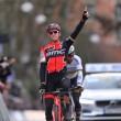 Greg Van Avermaet mantiene su idilio con la victoria