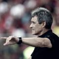 """Carpegiani crê na permanência do Vitória na Série A: """"Dependemos de nós ainda"""""""