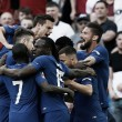 Hazard marca de pênalti, Chelsea derrota United e conquista oitava taça da FA Cup