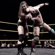 Adam Cole debuta en NXT