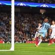 Champions League, Delph regala la vittoria al Manchester City