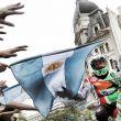 800.000 aficionados despiden a los pilotos del Dakar