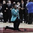 Cantora protesta durante hino nacional na NBA