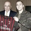 Após imbróglio com Everton, Milan oficializa contratação por empréstimo de Deulofeu