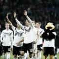 Alemania ganó y goleó en su patio | Foto: @DFB_Team_ES