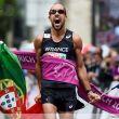 Diniz vence rompiendo el récord del mundo en 50 km marcha