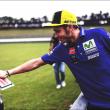 """Valentino Rossi a Riders: """"Devastato dalla scomparsa del Sic, Marquez è impressionante"""""""