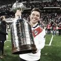 """OTRO TROFEO MÁS. """"Napoleón"""" lo hizo de nuevo y volvió a conquistar América en el corriente año. Foto: Twitter River Plate"""
