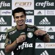 Egídio é apresentado oficialmente e chega ao Palmeiras pensando em títulos