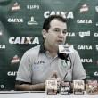 """Enderson Moreira lamenta eliminação do América-MG, mas destaca: """"Conseguimos jogar de igual para igual"""""""