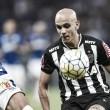 """Fábio Santos lamenta empate com Cruzeiro, mas mostra confiança: """"Vem coisa boa lá na frente"""""""