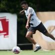Atacante Diogo Vitor é flagrado em exame antidoping e desfalca o Santos por tempo indeterminado