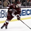 Los Bruins firman a Ryan Donato