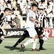 Com um a menos, Avaí marca no último lance e busca empate no clássico contra Figueirense