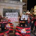 Los aficionados del CF Reus se manifiestan tras ser expulsados de LaLiga