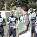Completo, Goiás recebe Chapecoense desfalcada no fechamento da rodada