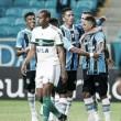 Grêmio vence Coritiba na Arena e segue a pressionar Corinthians na luta pela liderança