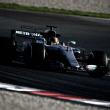 Mercedes reina en la primera semana de test ante las urgencias de McLaren