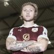 Burnley complete Jeff Hendrick signing