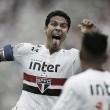 """Protagonista de novo, Hernanes exalta vitória do São Paulo: """"É assim que devemos jogar"""""""