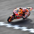 MotoGP, incredibile pole di Marquez a Brno! Lorenzo 2º davanti a Iannone, solo 6º Rossi
