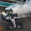 Abu Dhabi GP: Rosberg overcomes Hamilton's tactics to win the World Championship