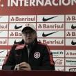"""Falcão comenta empate com Ponte Preta e defende jogadores: """"Não sentiram os gols"""""""