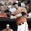 Baltimore Orioles re-sign Mark Trumbo